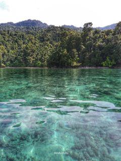rajaampat island water adventure papua